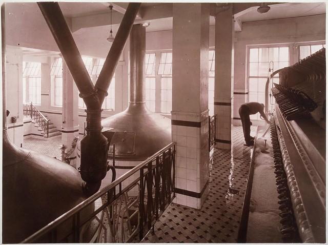 Imágenes antiguas de la fábrica de Moritz.